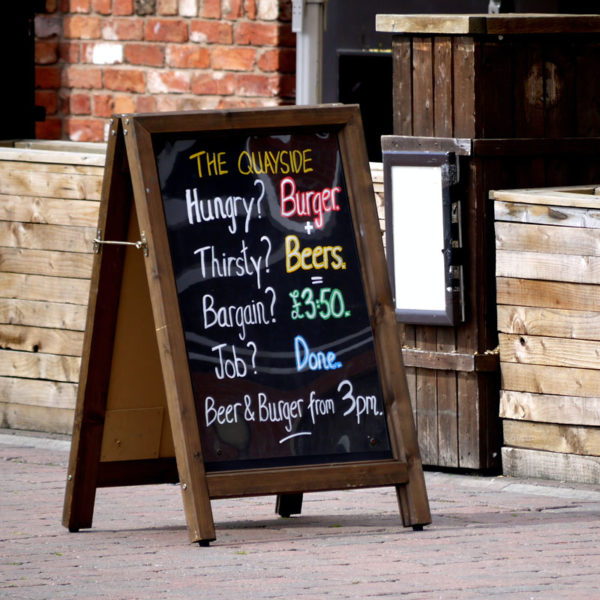 local-signs-advertising-pub